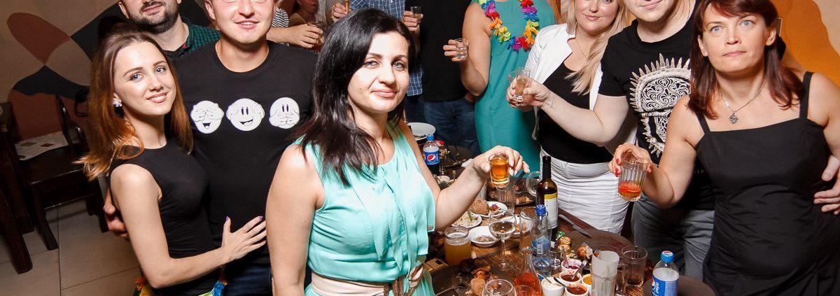 Фотоотчет из Чураско Бара на Петровского 30 июля