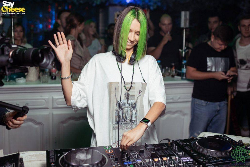 10-09 Opium Party Bar Miss Monique Open Season Харьков фотоотчет Saycheese